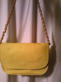 【速報】A.P.C.  の幸せの黄色いバッグに